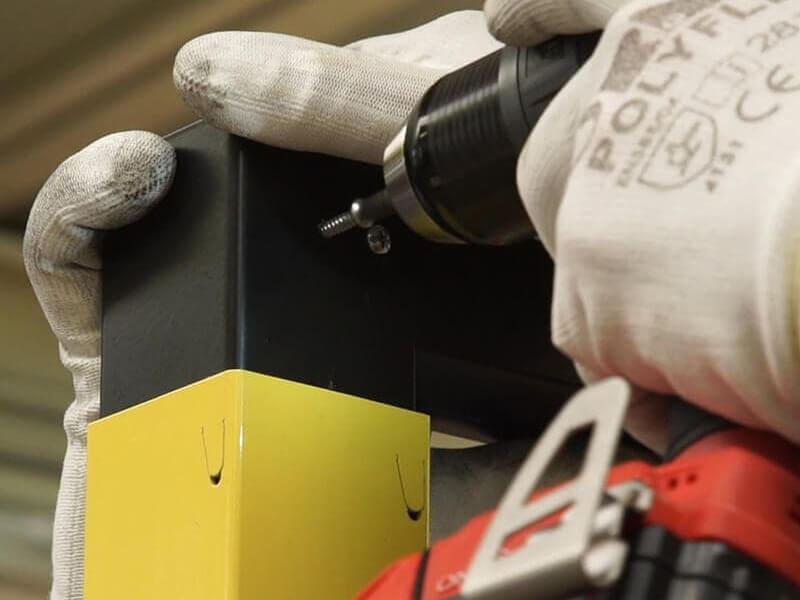 Service d'installation et d'assemblage d'équipement de sécurisation industrielle